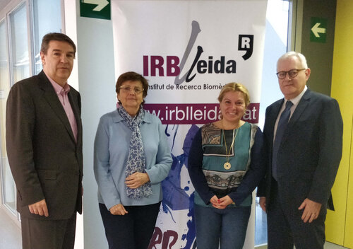 The person responsible for the promotion of IRBLleida, Josep Maria Bosch, the director of IRBLleida, Elvira Fernández, the manager of IRBLleida, Reyes Grases, and the president of the Alicia Cuello de Merigó Foundation, Lluís Who Cameras